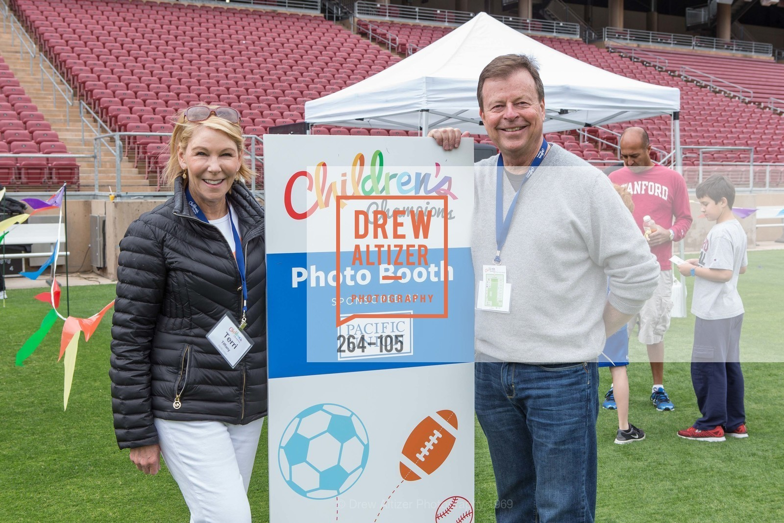 Terri Tiffany, David Barca, Children's Champions, Stanford Stadium. 	601 Nelson Rd, May 16th, 2015,Drew Altizer, Drew Altizer Photography, full-service agency, private events, San Francisco photographer, photographer california