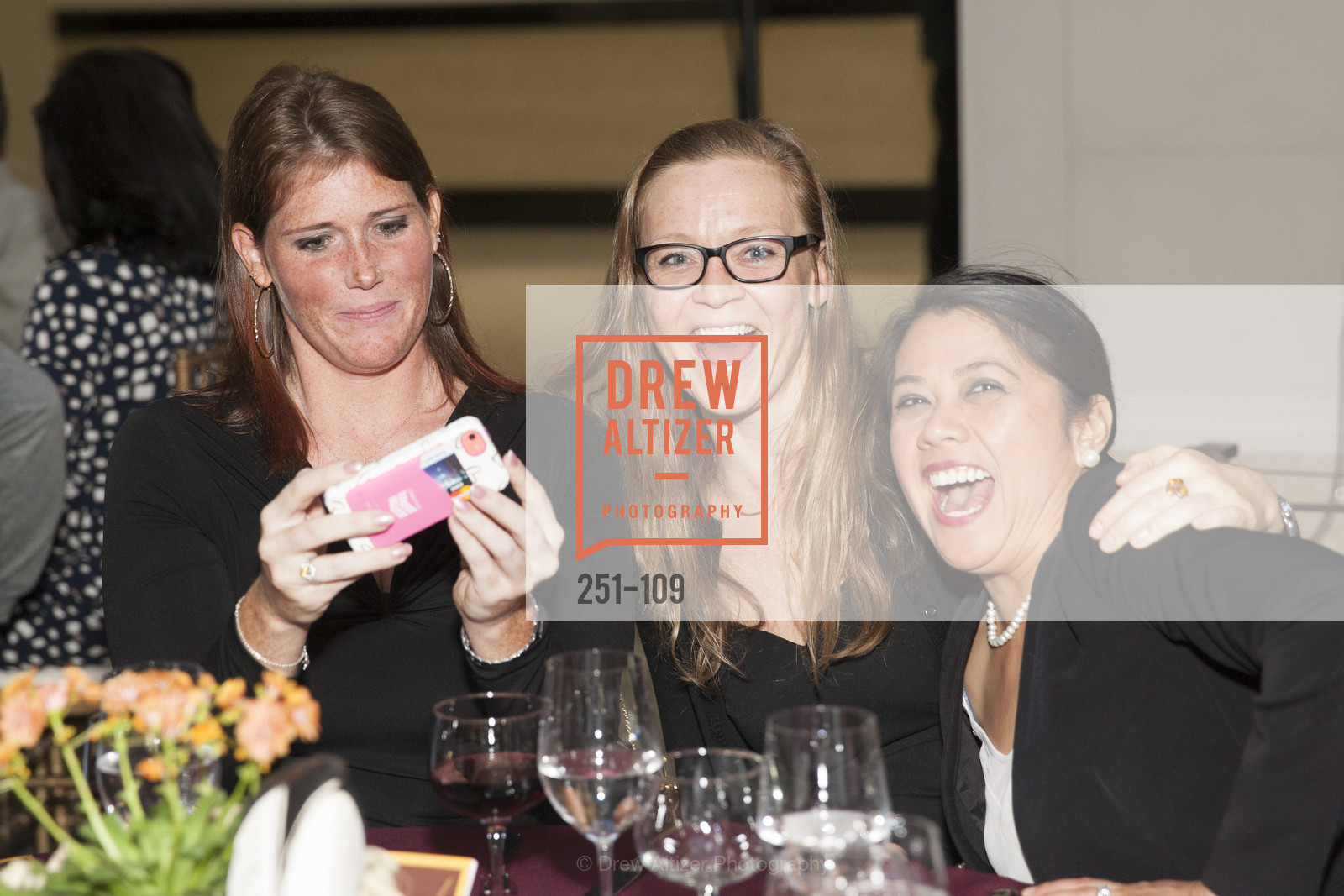 Alana Constable, Betsy Gutierrez Agua, PANGAEA GLOBAL HEALTH Leadership Dinner at Rotunda in Oakland, The Rotunda. Oakland, May 11th, 2015,Drew Altizer, Drew Altizer Photography, full-service agency, private events, San Francisco photographer, photographer california