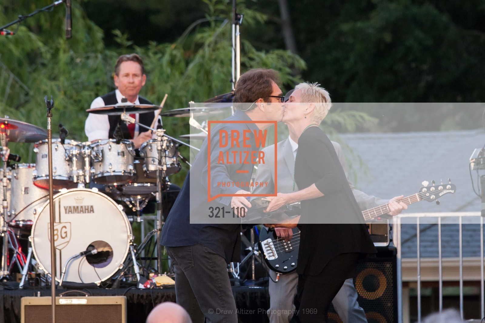 Huey Lewis, Cynthia Woods, LYME AID 2015 Benefiting the Bay Area Lyme Foundation, Private Residence, May 16th, 2015,Drew Altizer, Drew Altizer Photography, full-service agency, private events, San Francisco photographer, photographer california
