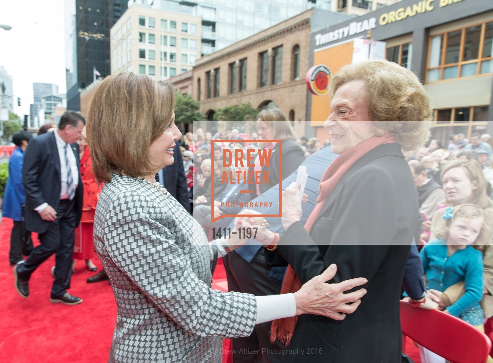 Nancy Pelosi, Doris Fisher, Photo #1411-1197