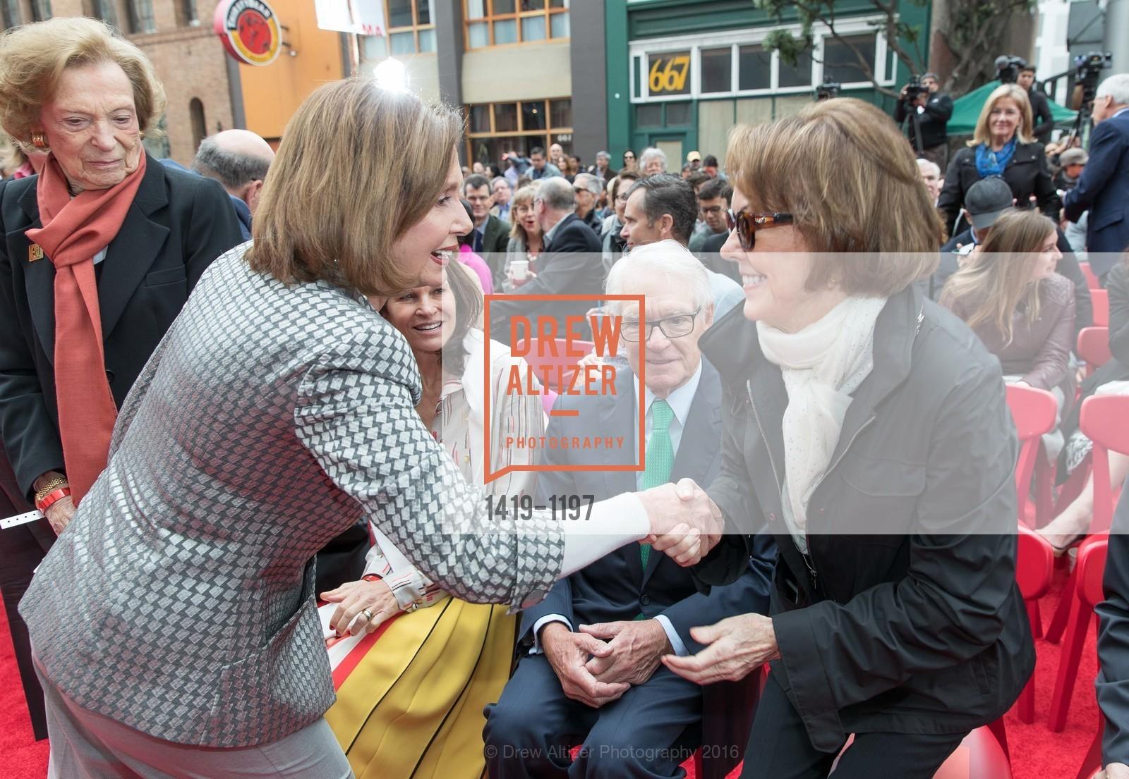 Nancy Pelosi, Charles Schwab, Helen Schwab, Photo #1419-1197