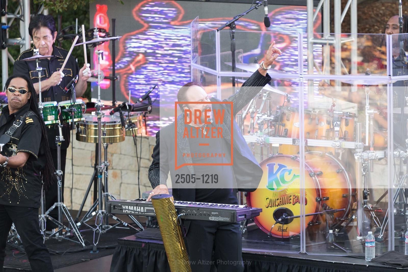 KC And The Sunshine Band, Photo #2505-1219