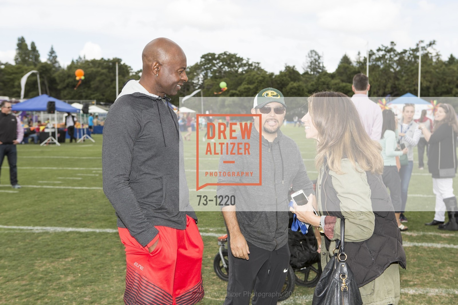 Jerry Rice, Martin Lopez, Photo #73-1220