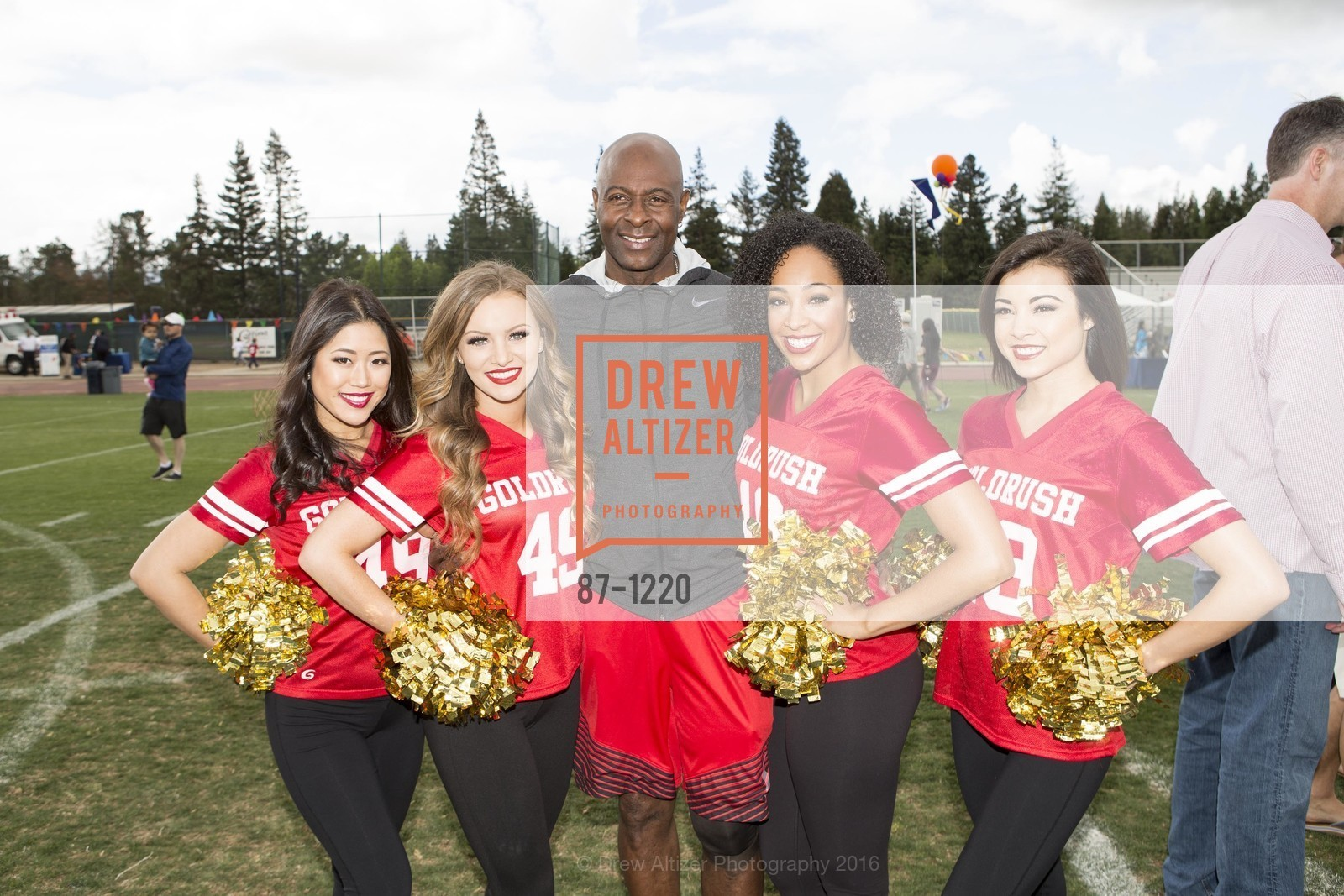 Jerry Rice, The Gold Rush Girls, Photo #87-1220