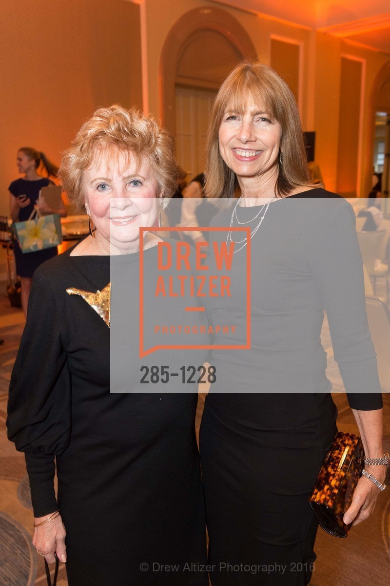 Carole Demsky, Carol Louie, Photo #285-1228