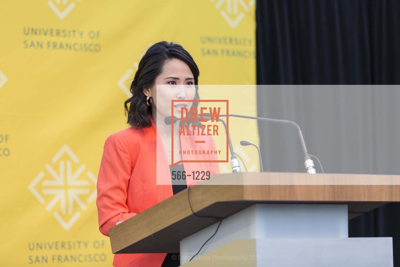 Vicky Nguyen, Photo #566-1229