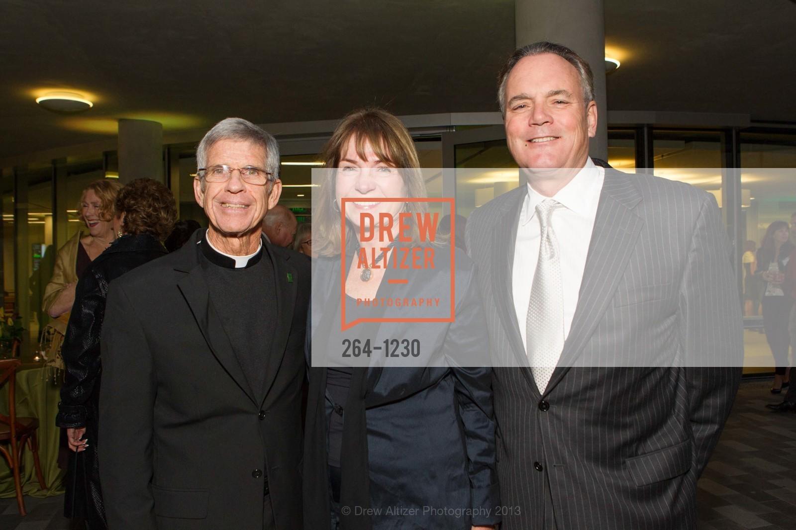 Stephen Privett, Phil Marineau, Sue Marineau, Photo #264-1230