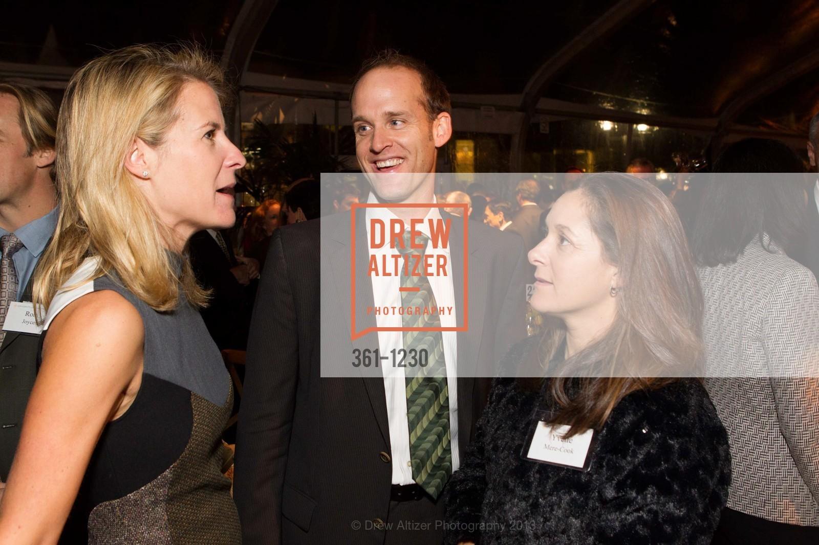 Catarina Schwab, Corey Cook, Yvette Mere-Cook, Photo #361-1230