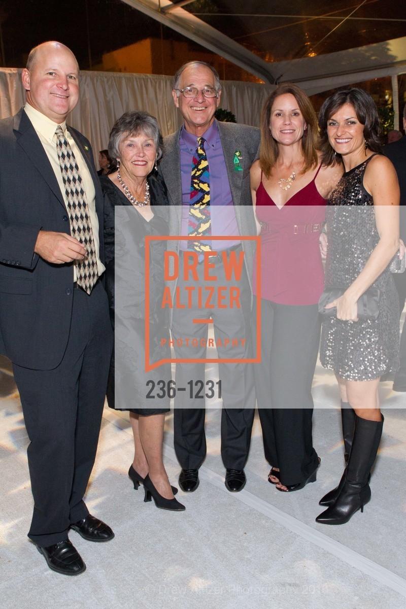 Jim Thompson, Claudia Salquist, Roger Salquist, Kathleen Thompson, Monica Salquist, Photo #236-1231