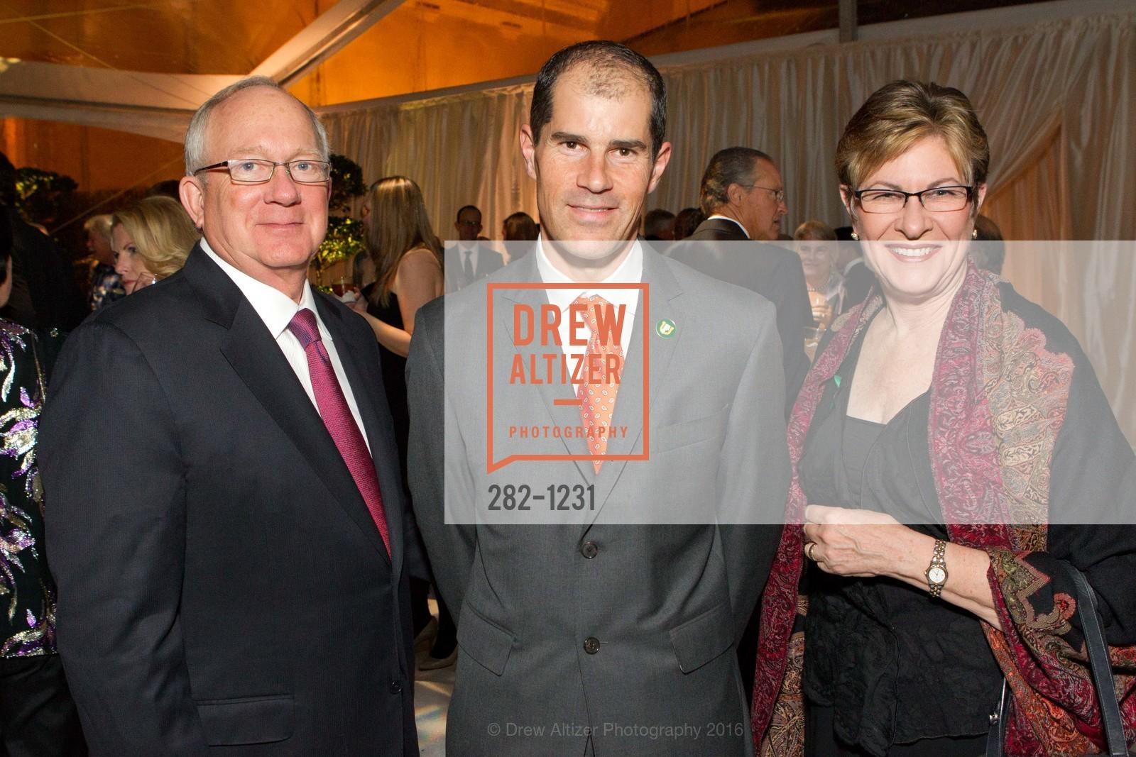 Richard Tempero, Chris Nicholson, Margaret Tempero, Photo #282-1231