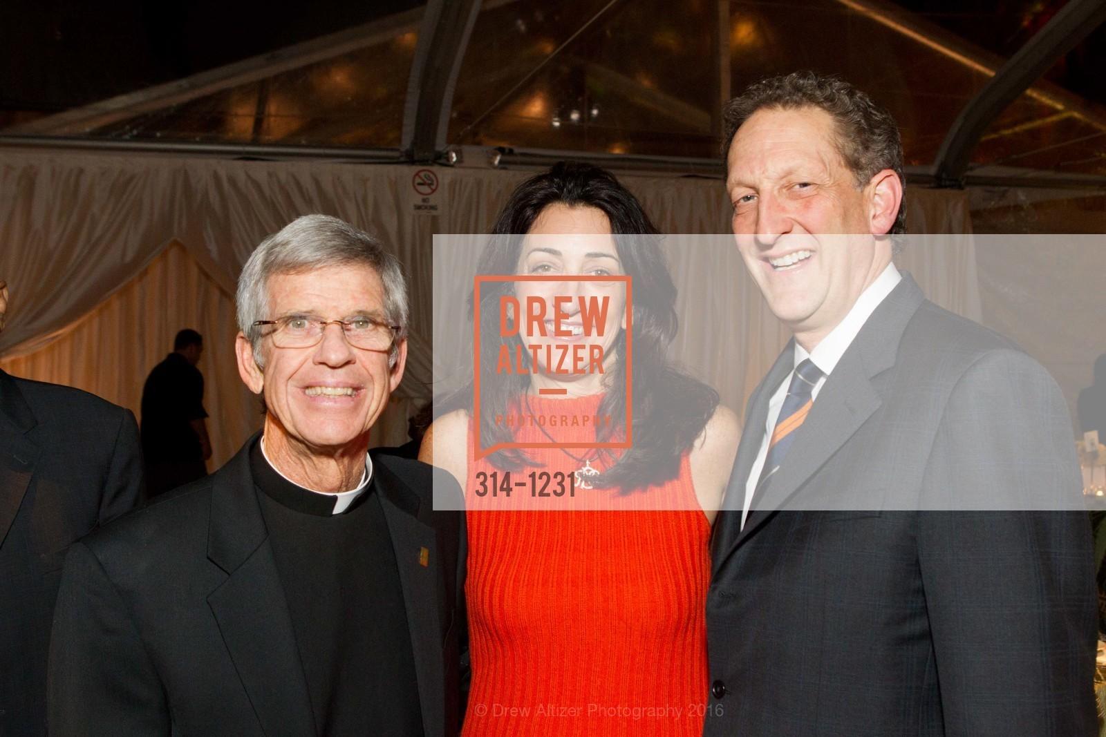 Father Steve Privett, Pam Baer, Larry Baer, Photo #314-1231