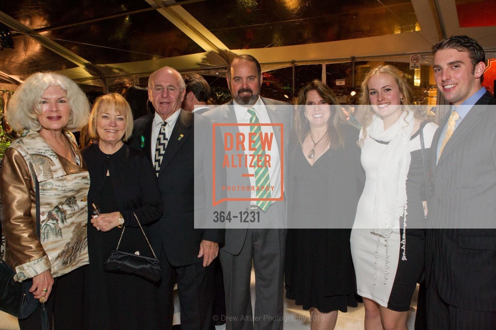 Barbara Bechelli, Sharon Malloy, Tom Malloy, Kevin Malloy, Nancy Malloy, Brenna Malloy, William Dessert, Photo #364-1231