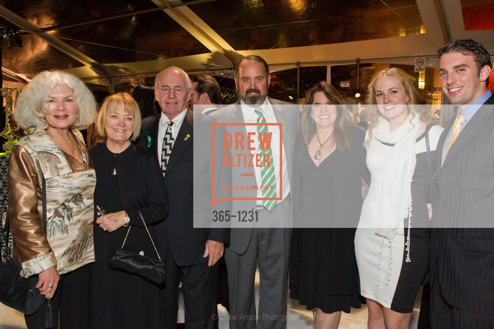 Barbara Bechelli, Sharon Malloy, Tom Malloy, Kevin Malloy, Nancy Malloy, Brenna Malloy, William Dessert, Photo #365-1231