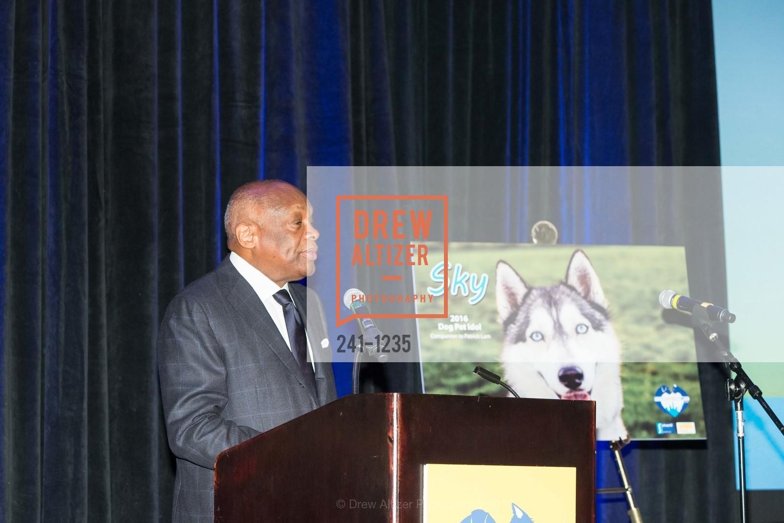 Willie Brown, Photo #241-1235