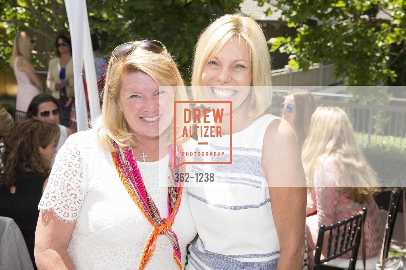 Susie Tinsley, Missy Morris, Photo #362-1238