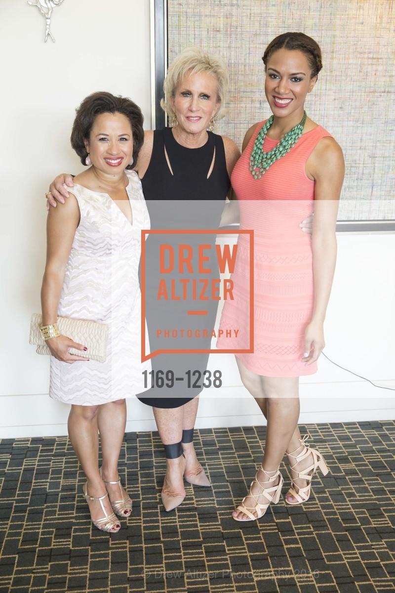 Maurisa Potts, Melissa Badger, Rosalyn Gold-Onwude, Photo #1169-1238