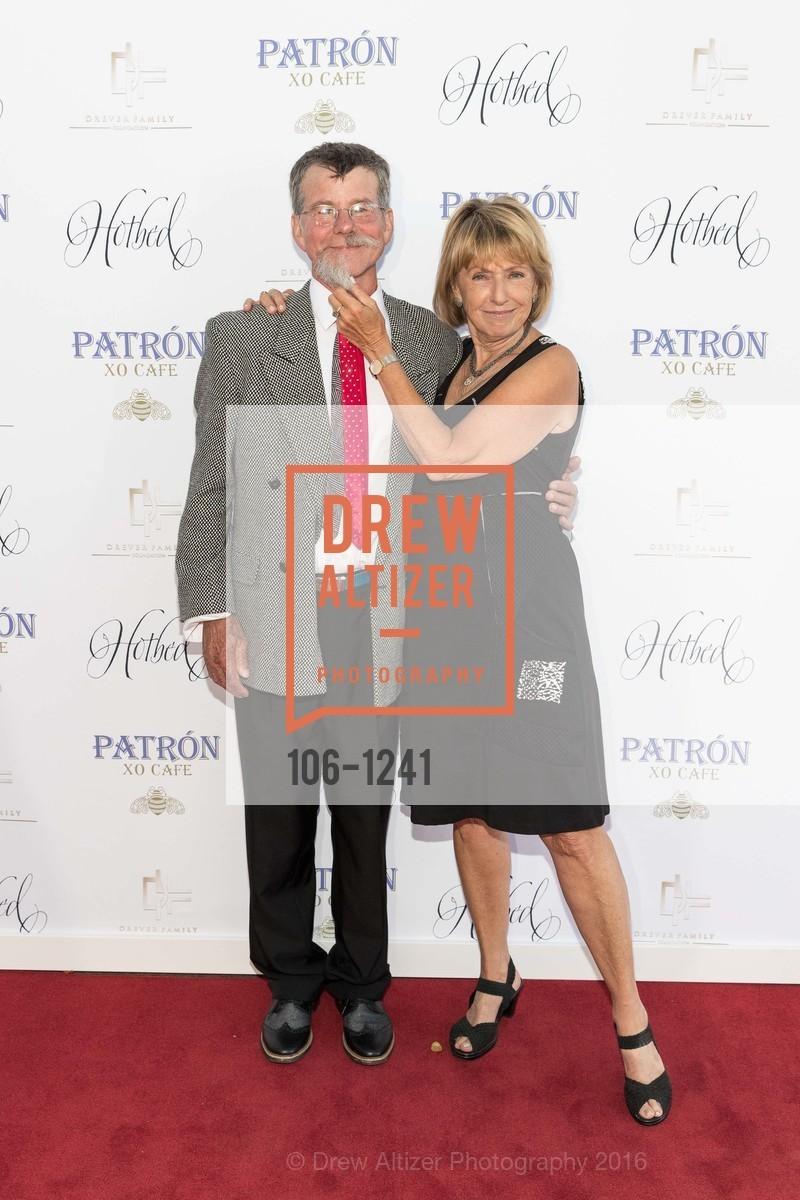 Steve Emery, Kathleen Lipinksi, Photo #106-1241