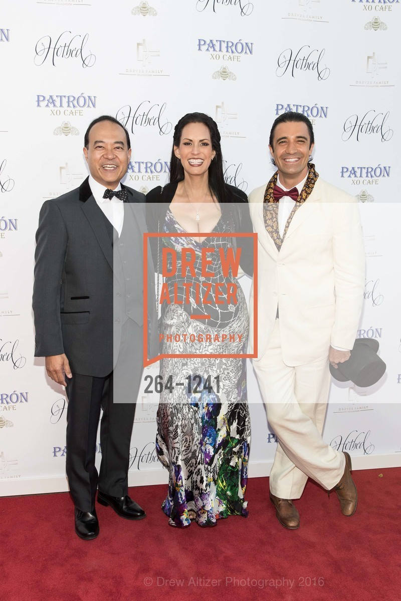 Raymund King, Carla Ferrer, Gilles Marini, Photo #264-1241