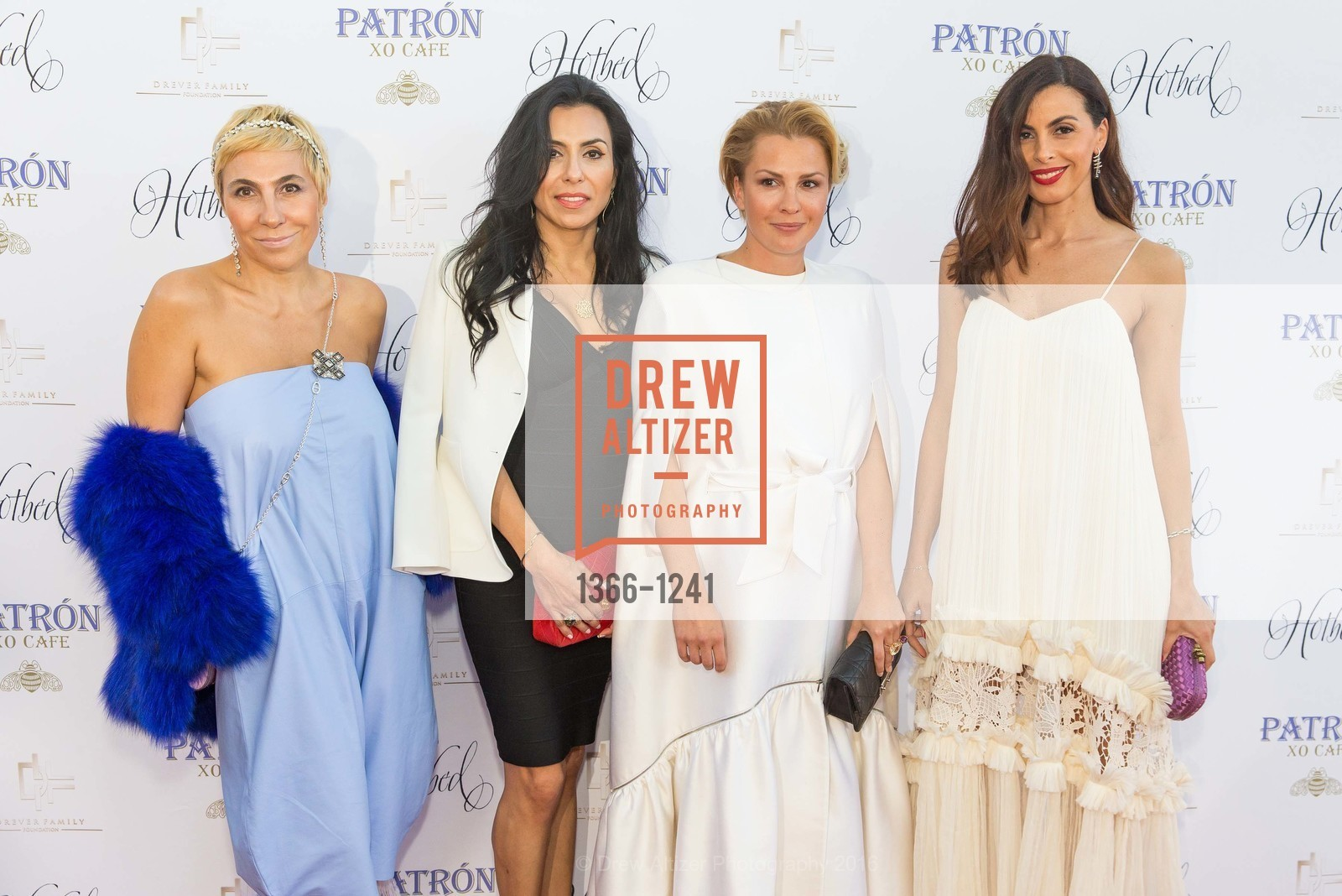 Emma Murmuridis with Ramona Agruma and Diana Pistalu