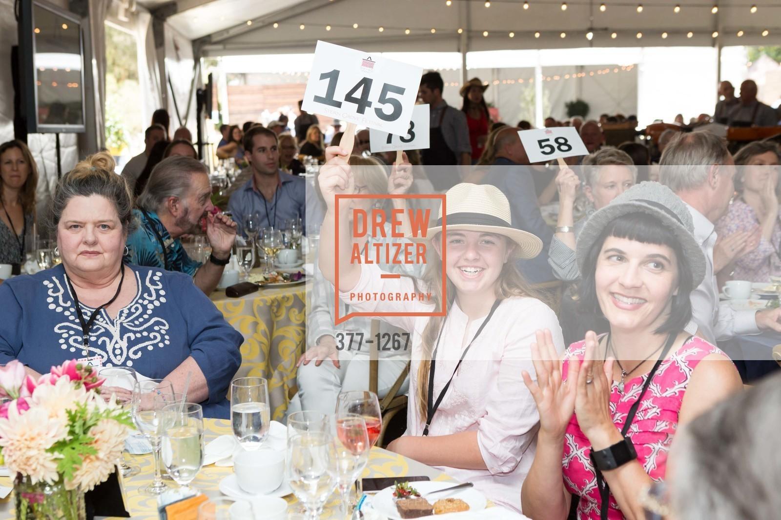 Marilyn Polacci, Paloma Polacci, Kate Polacci, Photo #377-1267