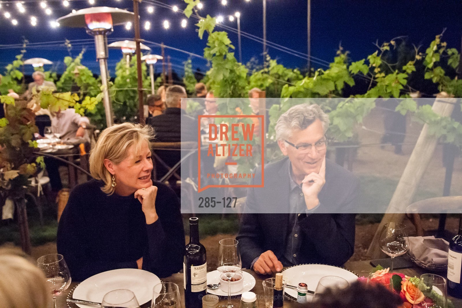 Janet Lamkin, Bill Lamkin, An Evening in the Vineyard hosted by JACK CALHOUN & TRENT NORRIS, Jack Calhoun & Trent Norris Vineyard. 3393 Dry Creek Road, Healdsburg CA 95448, May 22nd, 2015,Drew Altizer, Drew Altizer Photography, full-service agency, private events, San Francisco photographer, photographer california
