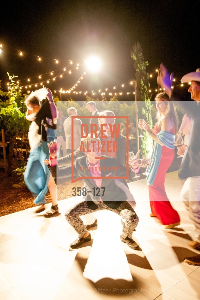 Dance Floor, An Evening in the Vineyard hosted by JACK CALHOUN & TRENT NORRIS, Jack Calhoun & Trent Norris Vineyard. 3393 Dry Creek Road, Healdsburg CA 95448, May 22nd, 2015,Drew Altizer, Drew Altizer Photography, full-service agency, private events, San Francisco photographer, photographer california