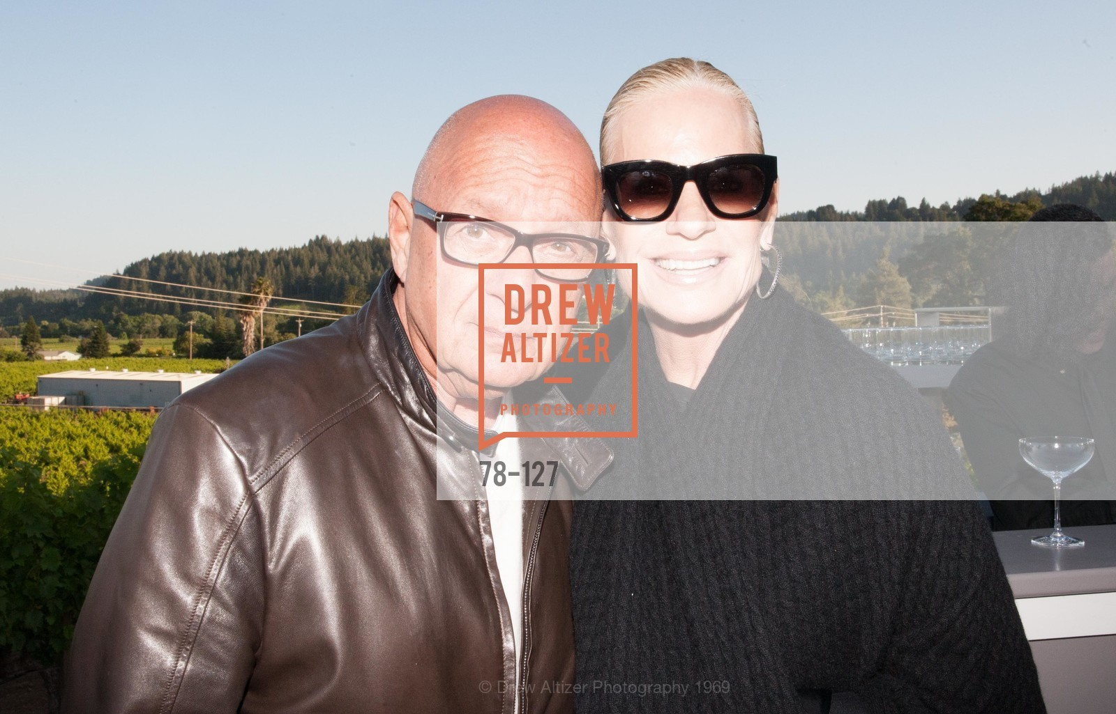 Paul Geliebter, Susan Geliebter, An Evening in the Vineyard hosted by JACK CALHOUN & TRENT NORRIS, Jack Calhoun & Trent Norris Vineyard. 3393 Dry Creek Road, Healdsburg CA 95448, May 22nd, 2015,Drew Altizer, Drew Altizer Photography, full-service agency, private events, San Francisco photographer, photographer california