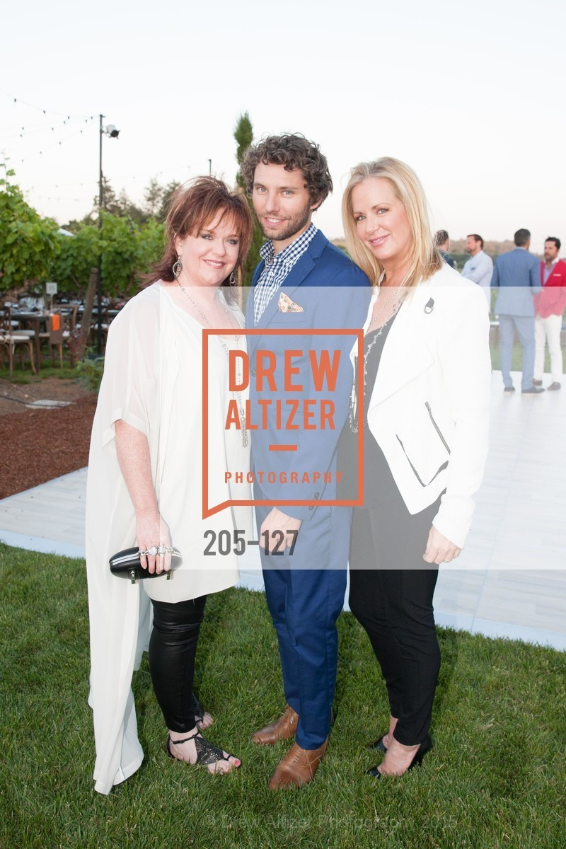 Wendy Walters, Drew Parker, Stacy Walters, An Evening in the Vineyard hosted by JACK CALHOUN & TRENT NORRIS, Jack Calhoun & Trent Norris Vineyard. 3393 Dry Creek Road, Healdsburg CA 95448, May 22nd, 2015,Drew Altizer, Drew Altizer Photography, full-service agency, private events, San Francisco photographer, photographer california