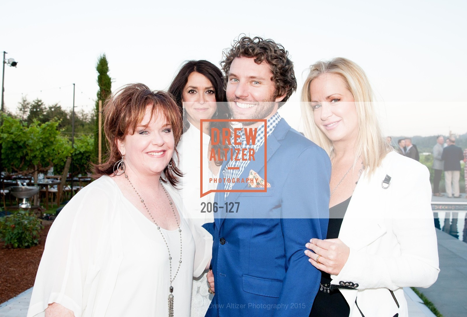 Wendy Walters, Tracey Atwood, Drew Parker, Stacy Walters, An Evening in the Vineyard hosted by JACK CALHOUN & TRENT NORRIS, Jack Calhoun & Trent Norris Vineyard. 3393 Dry Creek Road, Healdsburg CA 95448, May 22nd, 2015,Drew Altizer, Drew Altizer Photography, full-service agency, private events, San Francisco photographer, photographer california