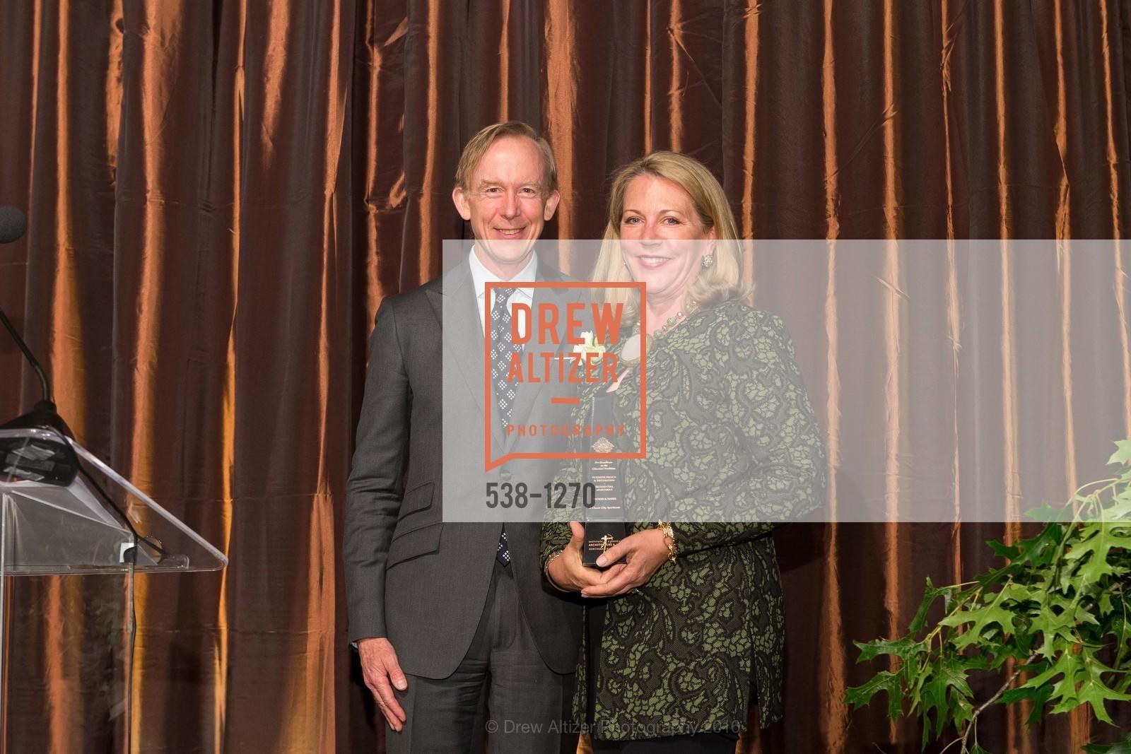 Mark Ferguson, Suzanne Tucker, Photo #538-1270