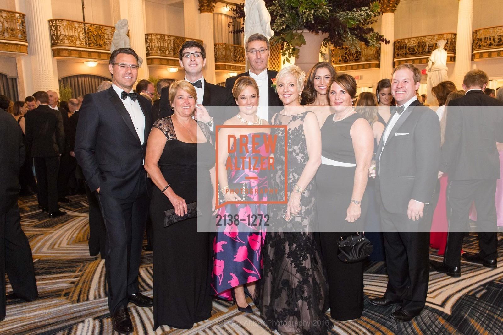 Ingrid Coolins, Anna Dierkhising, John Sylvia, Shawn Sylvia, Mary Kay Stockwell, Kate Sylvia Root, Jay Root, Photo #2138-1272