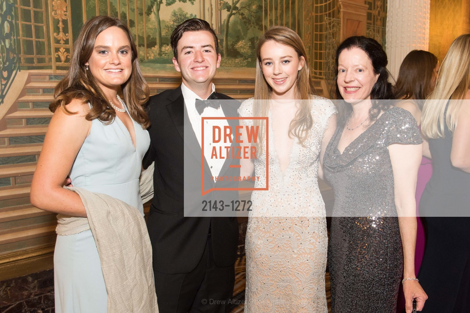 Serena Warren, Gus Gamble, Alexandra Bryan, Bella Gamble, Photo #2143-1272