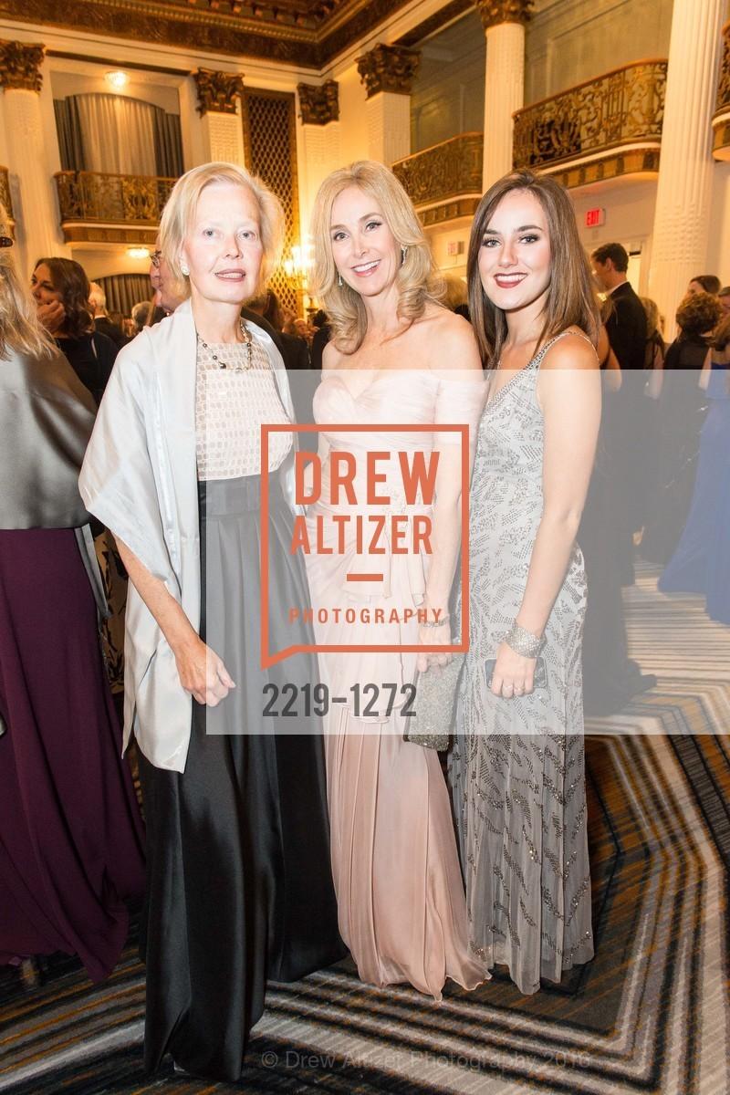 Ana Brady, Melanie Hoefer, Charlotte Hoefer, Photo #2219-1272