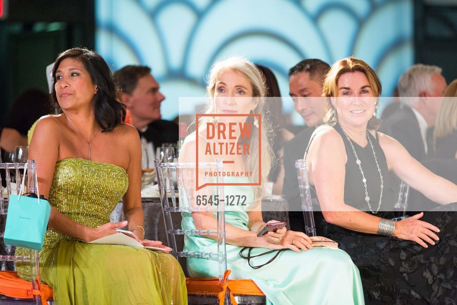 Cooksie Giannini, Caroline Hadfield, Kathleen Morrison, Photo #6545-1272