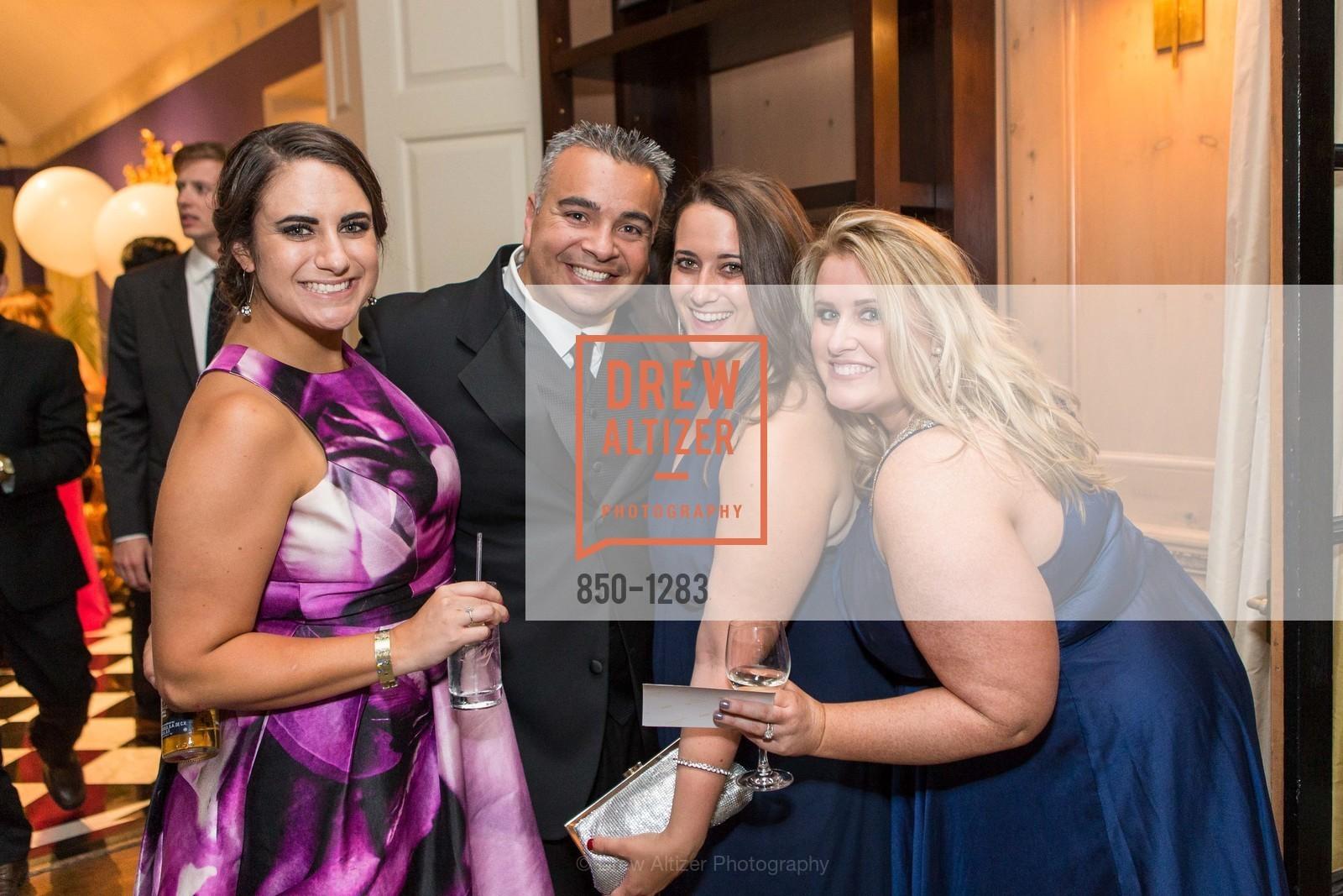 Kathleen Roberts, Andre Velasquez, Laura Roberts, Erin Golden, Photo #850-1283