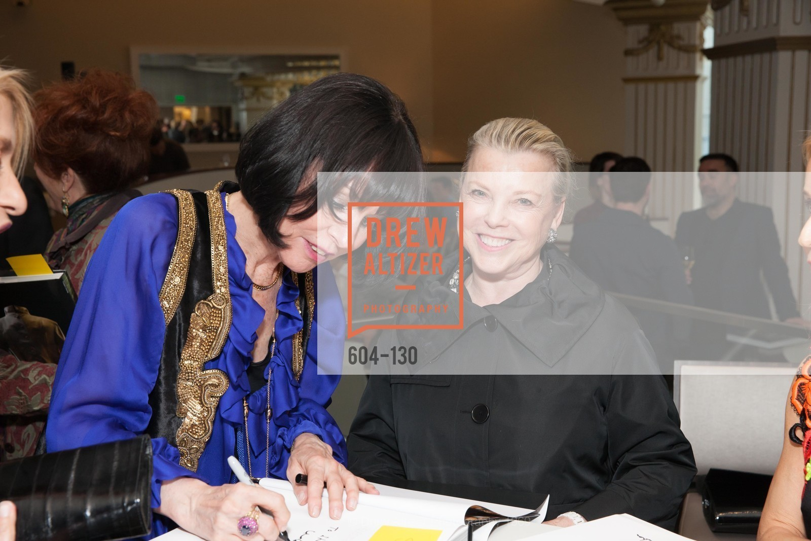 Christine Suppes, Jeanne Lawrence, Electric Fashion Book Signing with Christine Suppes & Ken Downing, Neiman Marcus, Rotunda, May 26th, 2015,Drew Altizer, Drew Altizer Photography, full-service agency, private events, San Francisco photographer, photographer california