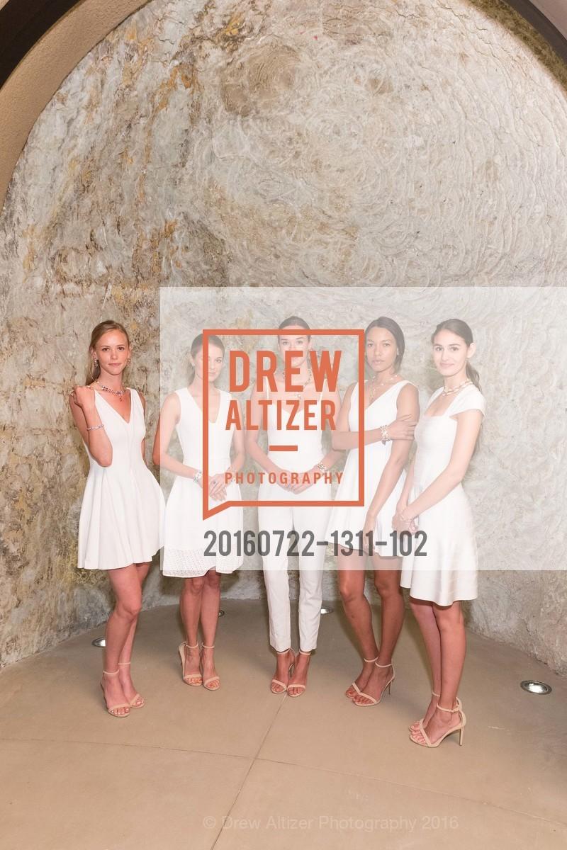 Models, Photo #20160722-1311-102