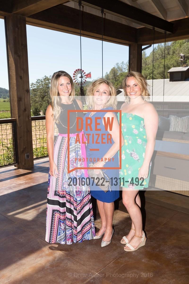 Erica Davis, Sandy Davis, Kara Davis, Photo #20160722-1311-492