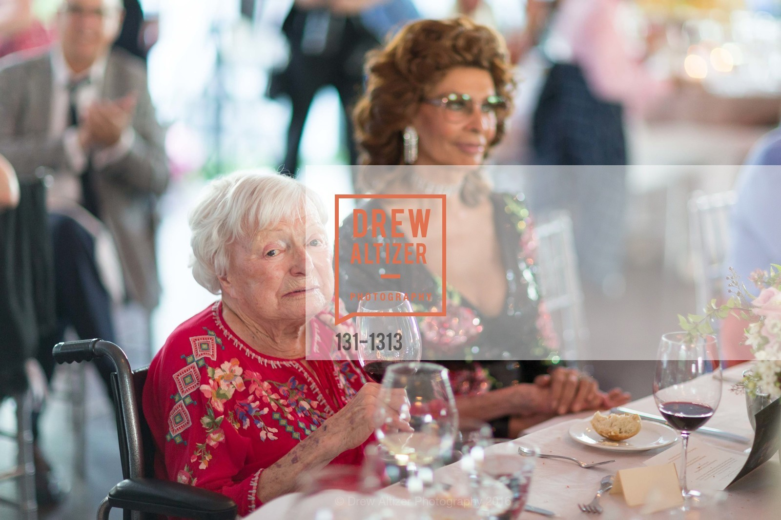 Margrit Mondavi, Sophia Loren, Photo #131-1313