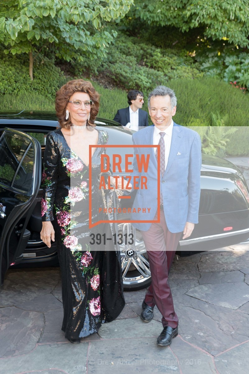 Sophia Loren, Rick Walker, Festival Napa Valley Tribute to Margrit Mondavi at Far Niente, Far Niente Winery. 1350 Acacia Dr, July 23rd, 2016