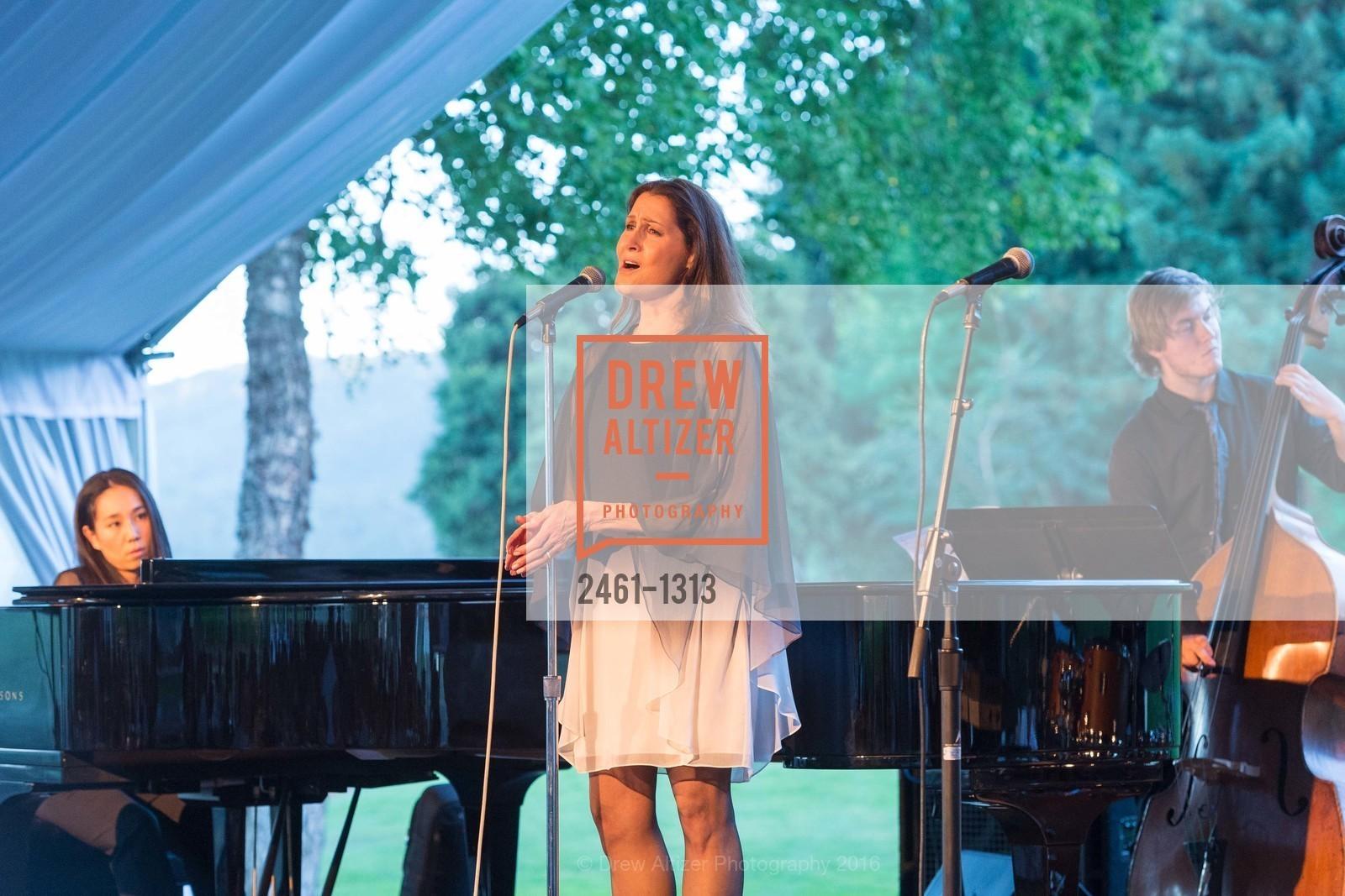 Monica Mancini, Photo #2461-1313