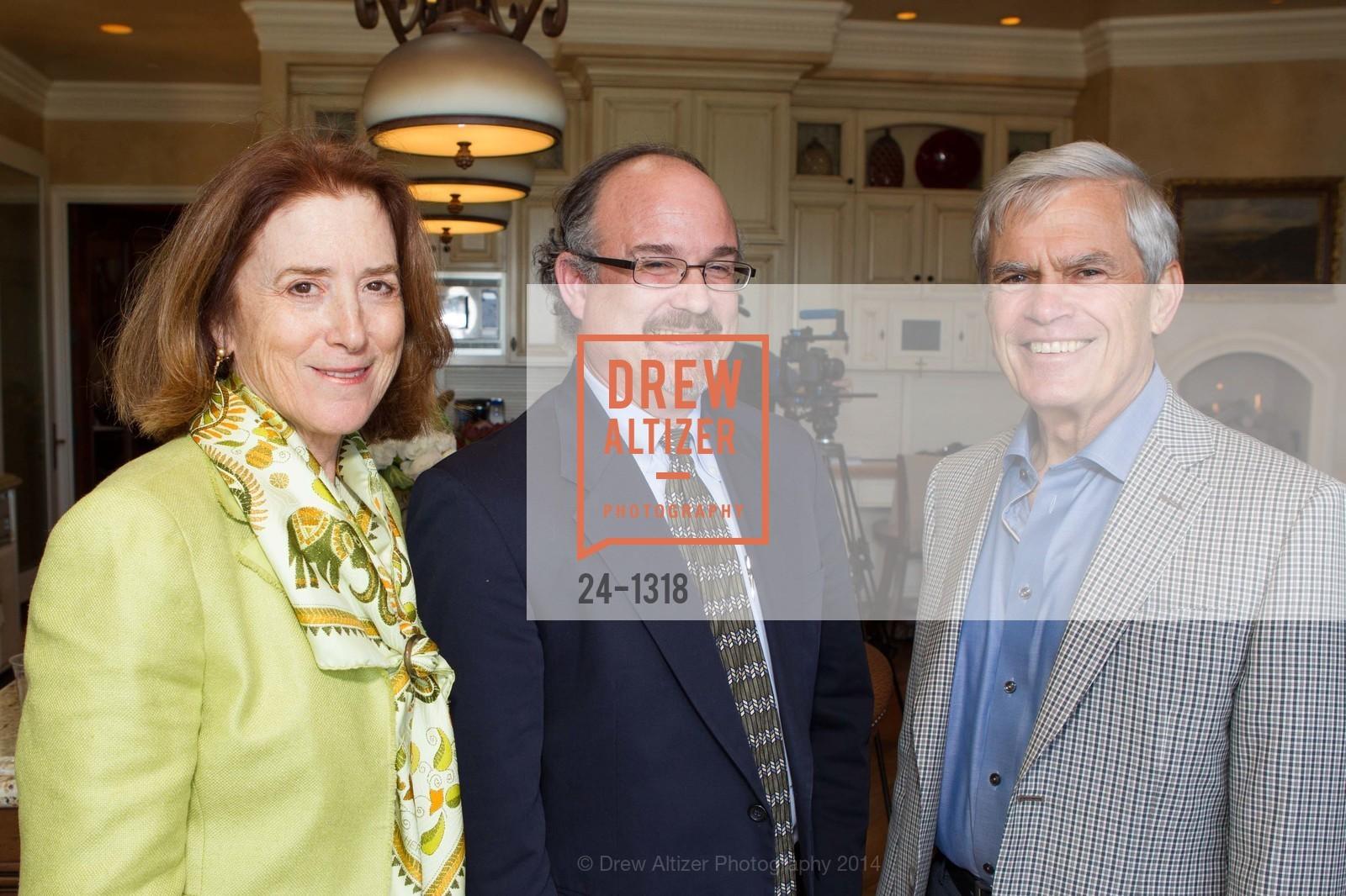 Susan Myers, John Aucott, Gib Myers, Photo #24-1318