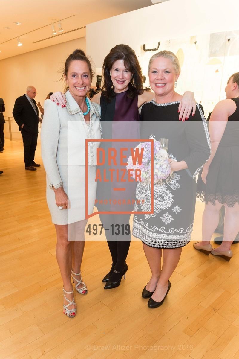 Elisabeth Thieriot, Elaine Mellis, Katie Ray Jones, Photo #497-1319