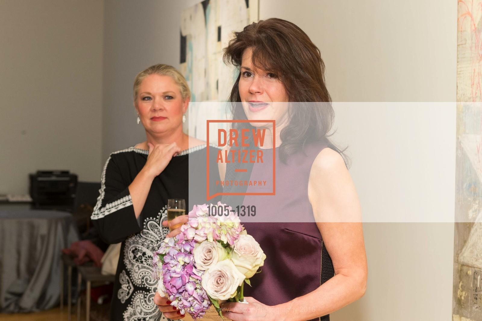 Katie Ray Jones, Elaine Mellis, Photo #1005-1319