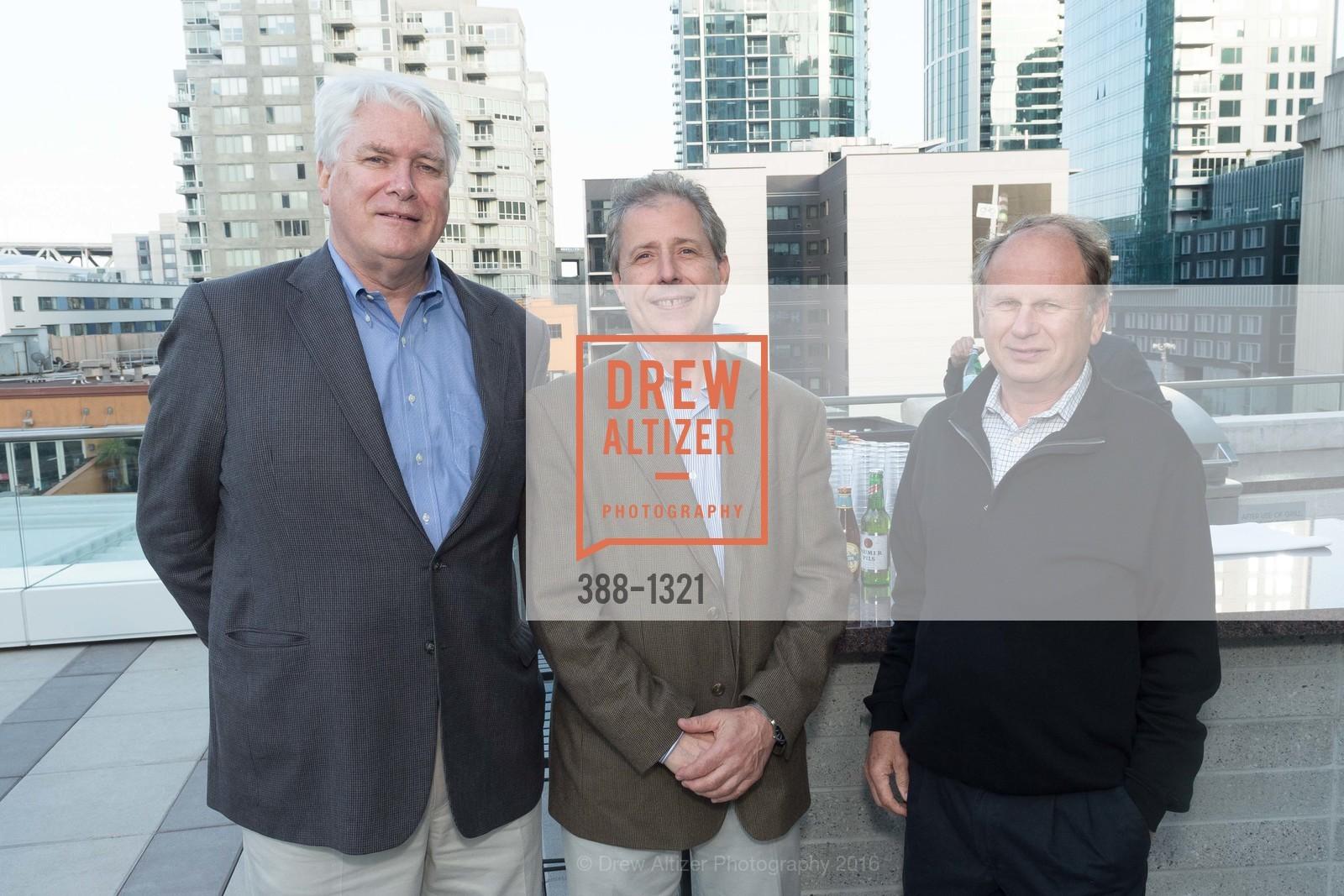 John Lahey, Brian Lorenc, Larry Pearson, Photo #388-1321