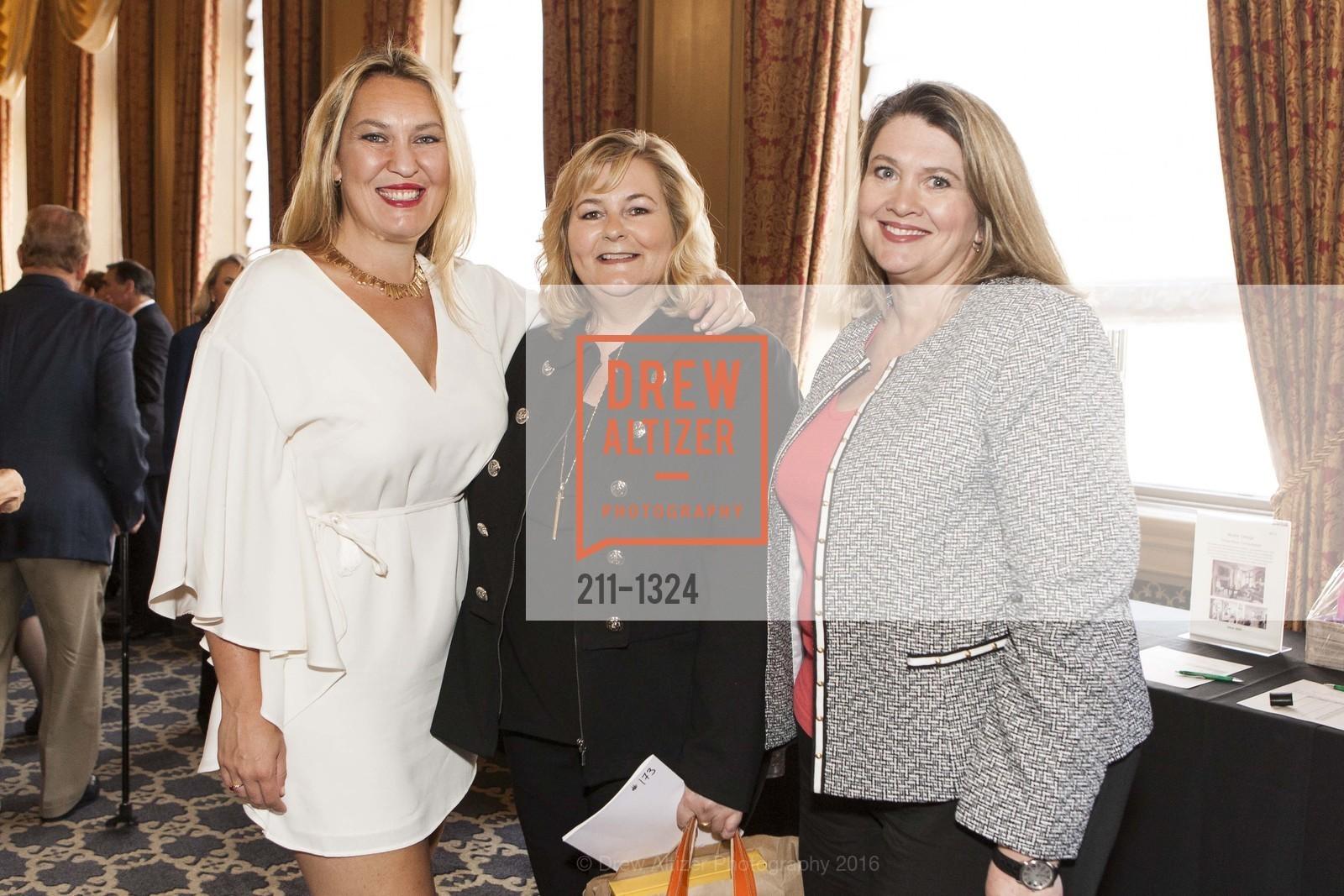 Eva Fordham, JoAnne Schultz, Katy Johnson, Photo #211-1324