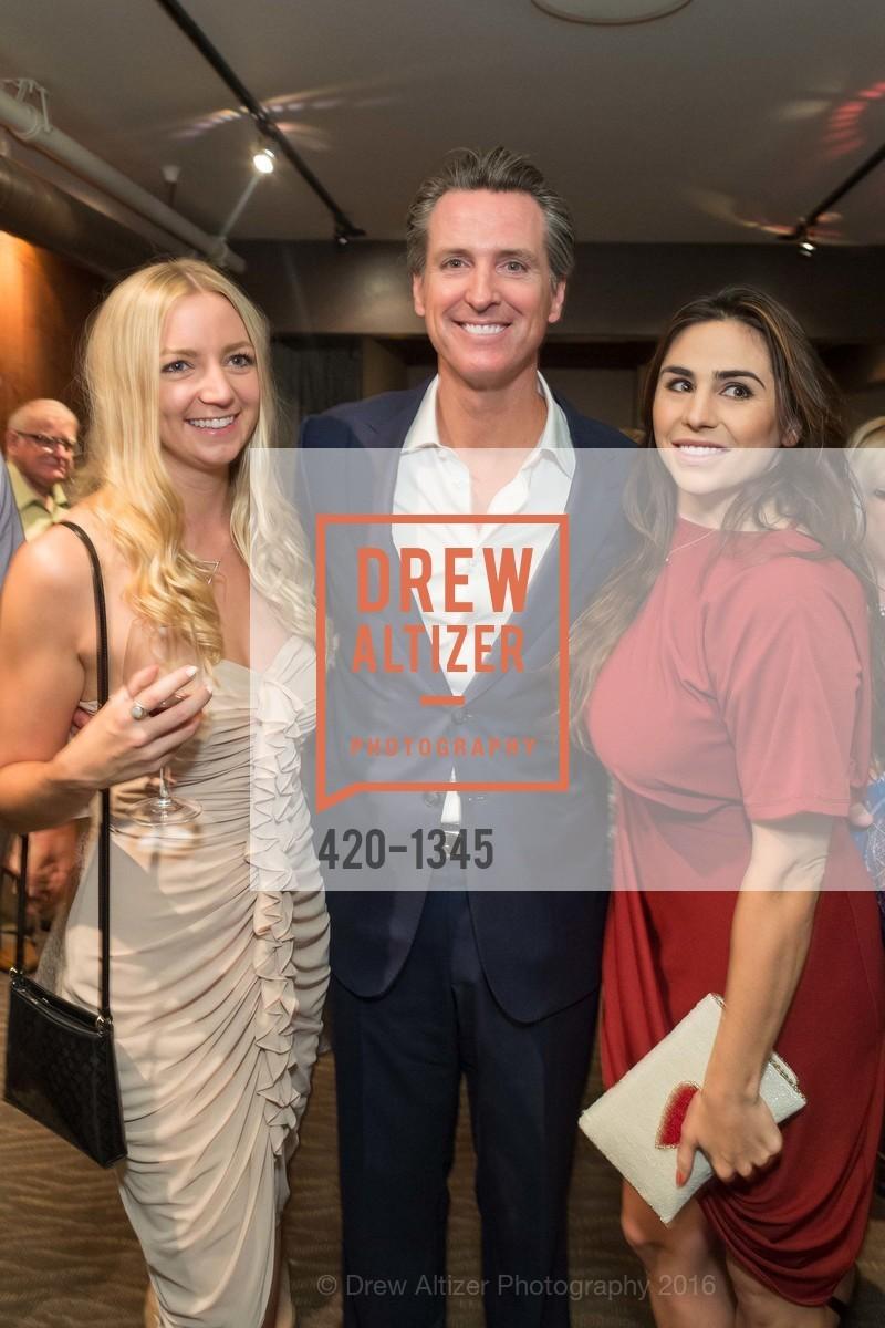 Gavin Newsom, Ashley Pengilly, Photo #420-1345