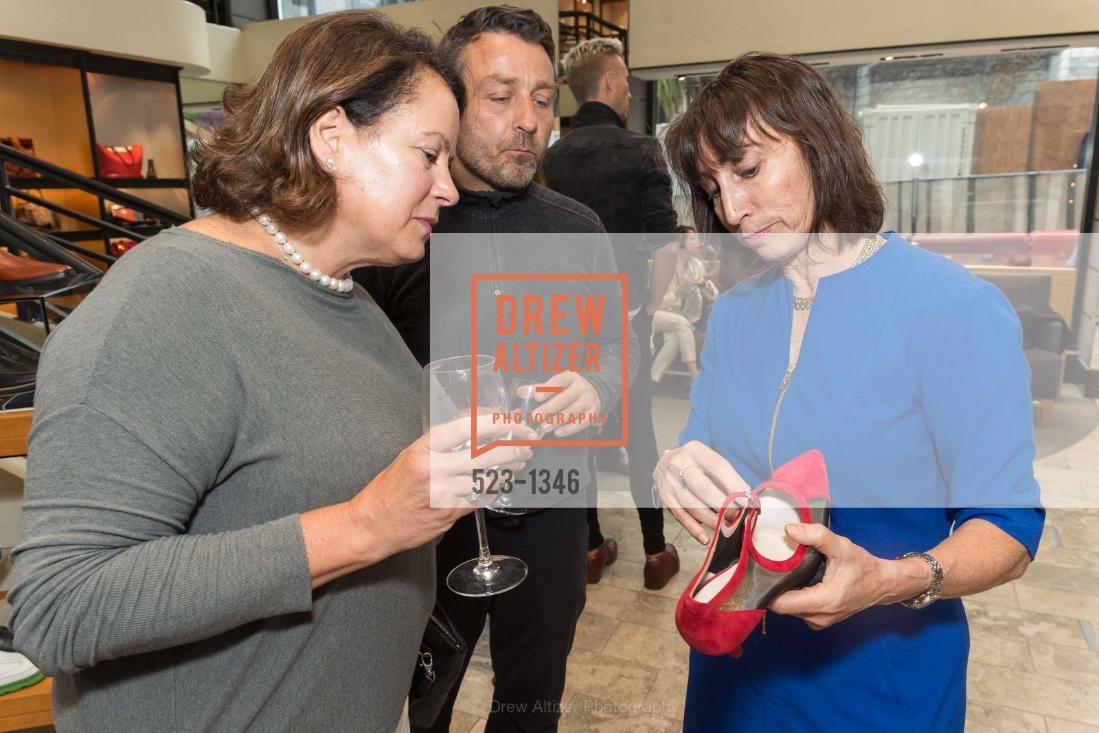 Sharon McCarthy, Patrick Kinit, Joan Oloff, Photo #523-1346