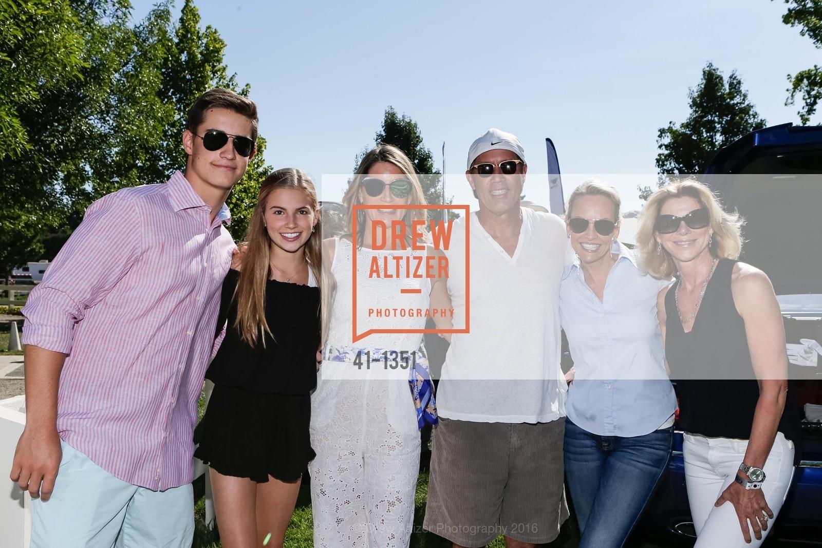 Jack Scherer, Paige Scherer, Allison Scherer, Rob Hirt, Julie Haener, Tracey Hirt, Photo #41-1351