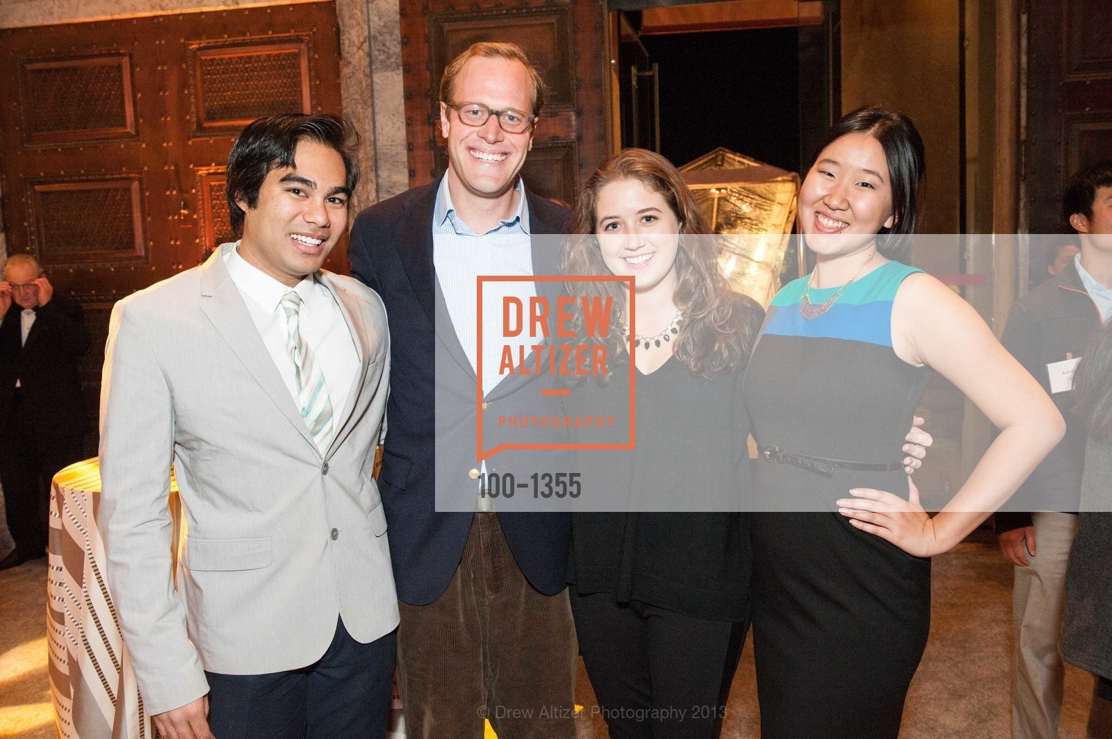 Brady Magaoay, Edward Symes, Jordan Hart, Asia Chiao, Photo #100-1355
